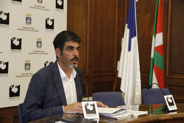El alcalde de San Sebastián sorprendido por el «silencio» de Pamplona con los 'toros'