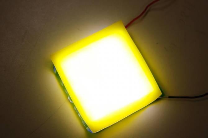 Nuevo LED de luz blanca, flexible y barato