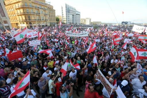 Inmensa manifestación en Líbano de desafío a la clase política