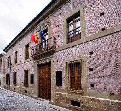 El Museo del Carlismo ofrece este fin de semana visitas guiadas a la exposición sobre el cerco de Pamplona