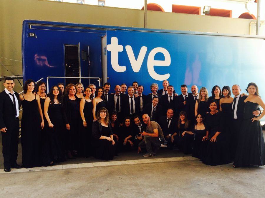 """El coro 'Premier Ensemble' de AGAO de Navarra participa en el programa de TVE """"Insuperables"""""""