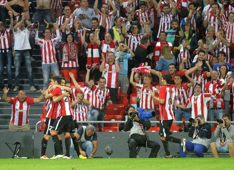 4-0. San José y Aduriz derriban al Barça en una noche de ensueño del Athletic