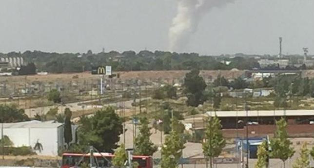 Cuatro desaparecidos y varios heridos en la explosión de una pirotecnia de Zaragoza