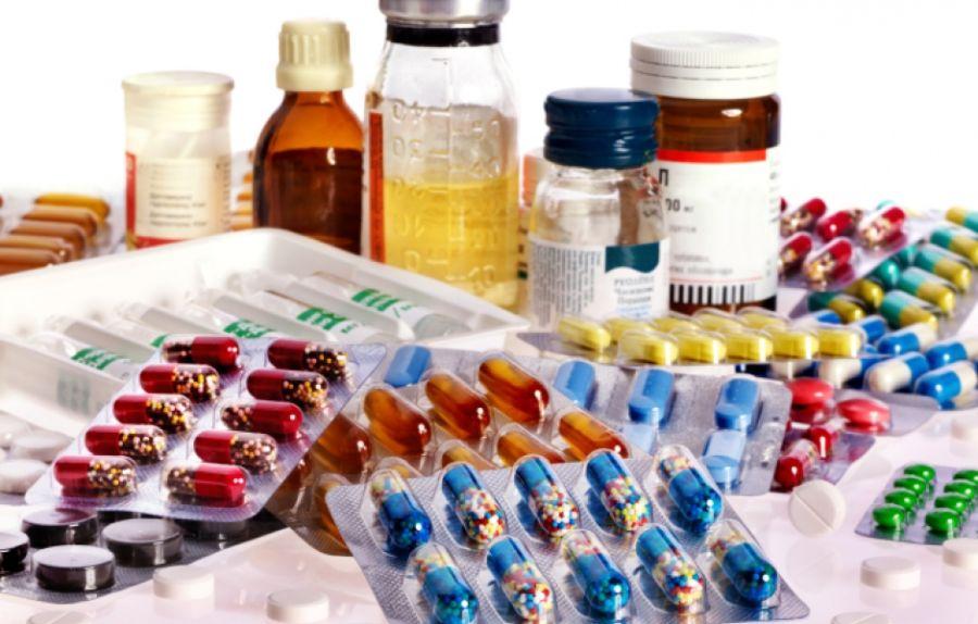 Salud difunde una campaña informativa sobre los riesgos de los medicamentos adquiridos en webs ilegales