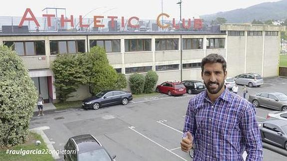 """Raúl García afronta su llegada al Athletic como un """"desafío"""" que le apetece"""