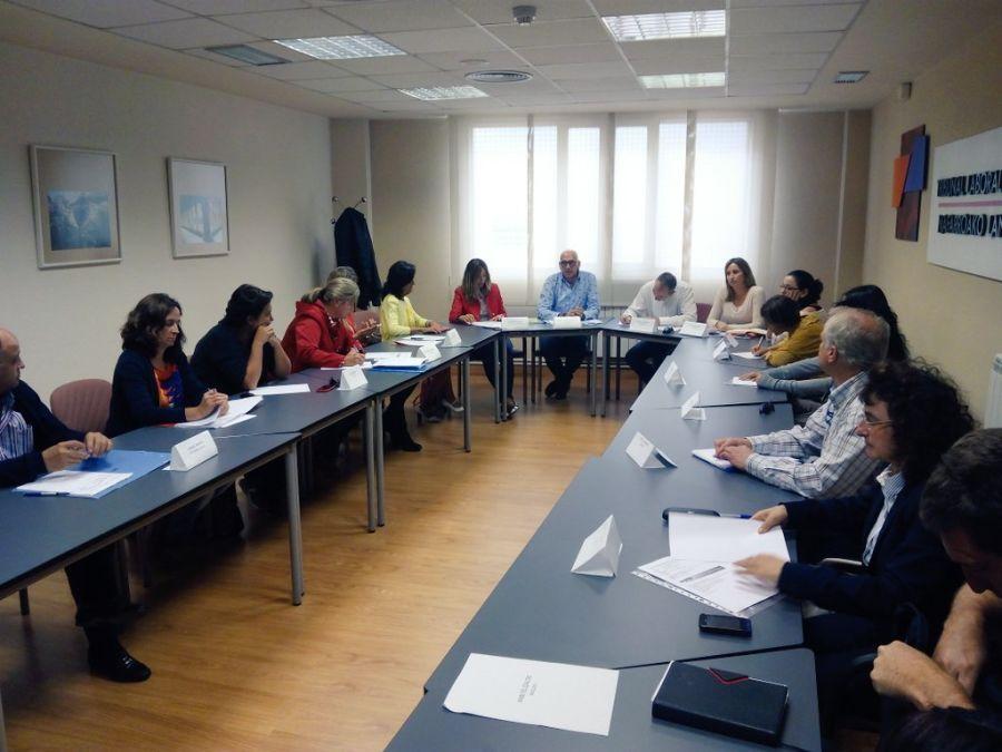 AFAPNA defenderá la ayuda familiar a los contratados administrativos navarros