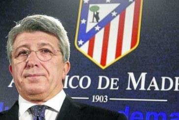 El Atlético «no está de acuerdo» con la sanción de la FIFA y la recurrirá