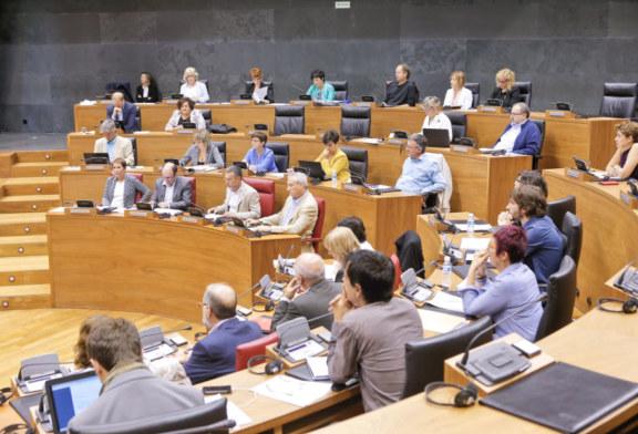 """Debate Estado Navarra: El cuatripartito rechaza que ETA contribuya a """"esclarecer"""" los crímenes no resueltos"""