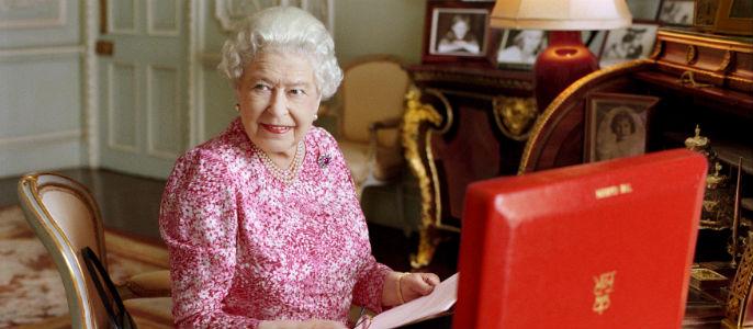 Retiran el sello real a la empresa que suministraba lencería a Isabel II