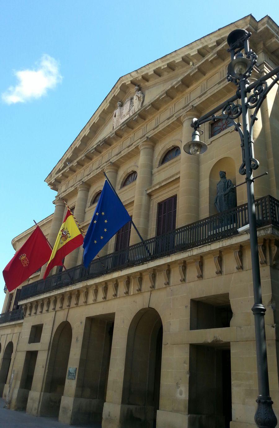 Navarra y Estado acuerdan los objetivos de déficit y deuda pública hasta 2018