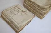 El uso de libros y documentos antiguos también sirve para combatir los bulos