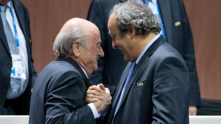 La FIFA también suspende a Platini