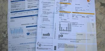 Facua alerta de fraude para cambiar contratos de luz y agua