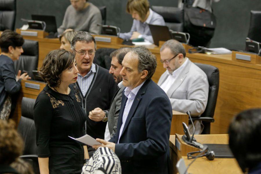 Geroa Bai, EH-Bildu, Podemos e I-E aprueba la Ley Foral de Presupuestos Generales de Navarra para 2016