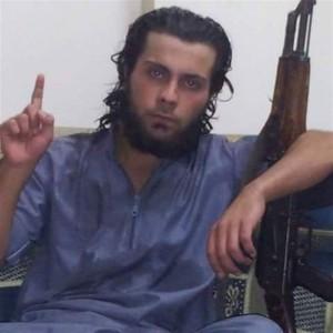 Un terrorista de Estado Islámico ejecuta a su madre ante cientos de personas en Raqqa (Siria)