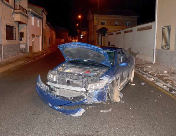Un herido leve al chocar con una casa en Buñuel da positivo en los test de alcohol y drogas