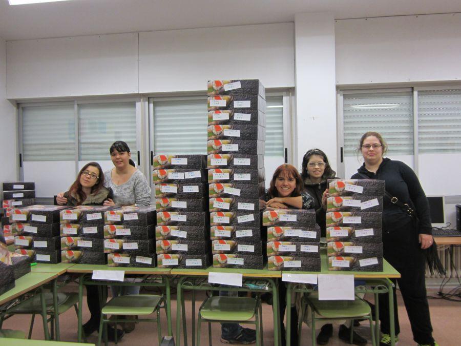 La alumnas de cocina de Burlada recaudan 900 euros para Médicos sin Fronteras