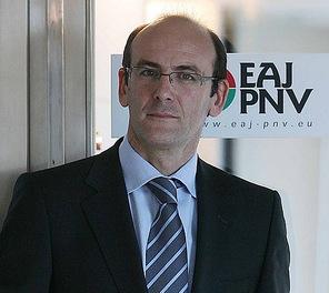 El PNV supedita su apoyo al PSOE a un nuevo estatus y una relación bilateral