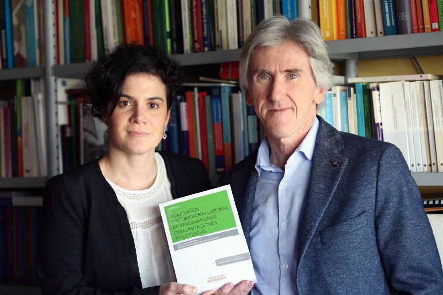 La UPNA analizan en un libro la problemática laboral de los trabajadores con limitaciones psicofísicas