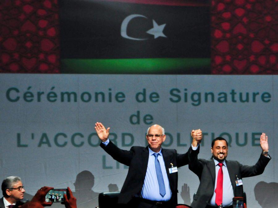 Libia consensúa un Gobierno de unidad nacional para acabar con el caos