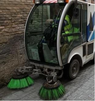 Pamplona destina casi 7 millones de euros para la limpieza de calles