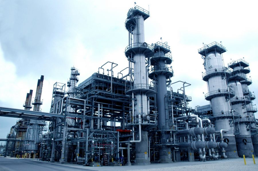 La OPEP plantea una reunión extraordinaria ante la caída del precio del crudo