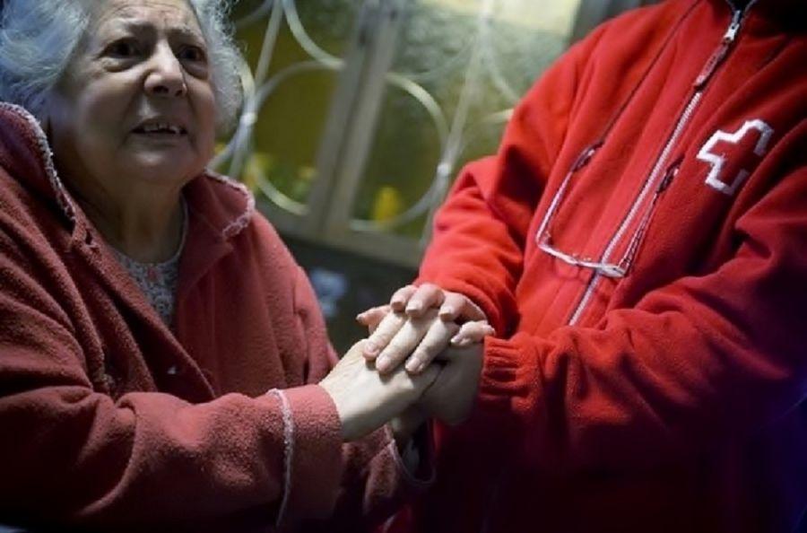 El 41,4% de las familias atendidas por Cruz Roja se enfrenta a la pobreza energética este invierno