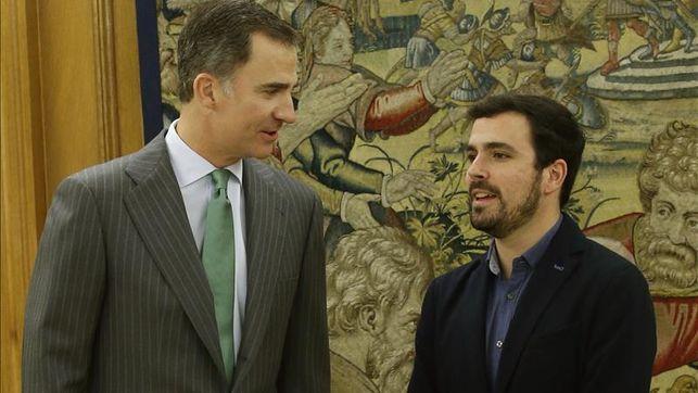 El Rey recibe a Alberto Garzón en su tercera jornada de consultas políticas