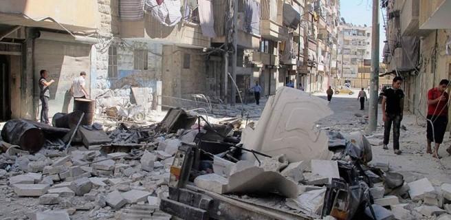 Al menos 12 civiles muertos, la mayoría menores, por ataques en Alepo