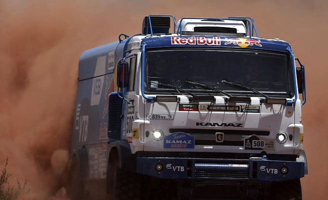 Un accidente del camión de asistencia de Baud deja un muerto y cinco heridos en el Dakar