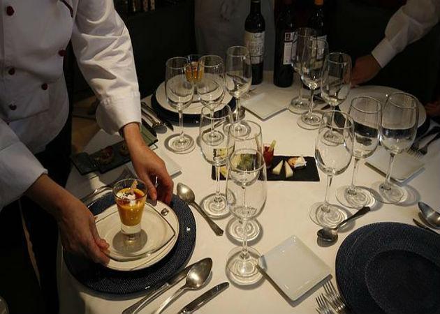 El sector servicios español frenó su crecimiento al cierre de 2015