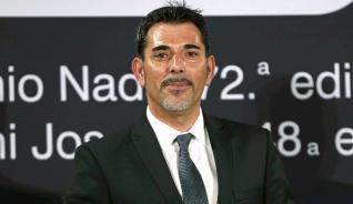 El escritor barcelonés Víctor del Árbol gana el 72 Premio Nadal de novela