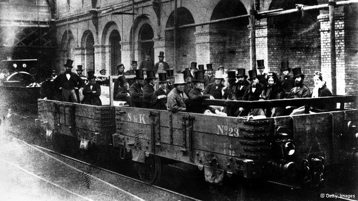 Tal día como hoy… Se inauguró la primera línea de Metro en Londres
