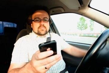 El 83% de conductores usan el móvil mientras conducen
