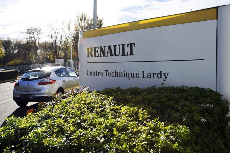 Renault defiende la legalidad de sus motores