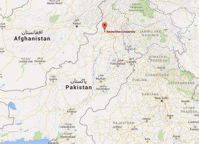 Un grupo de hombres armados irrumpe a tiros en una universidad de Pakistán
