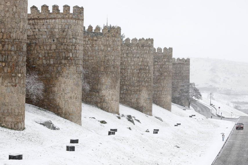 Mañana, nieve en Galicia, Castilla y León, Cantabria y sierra de Madrid