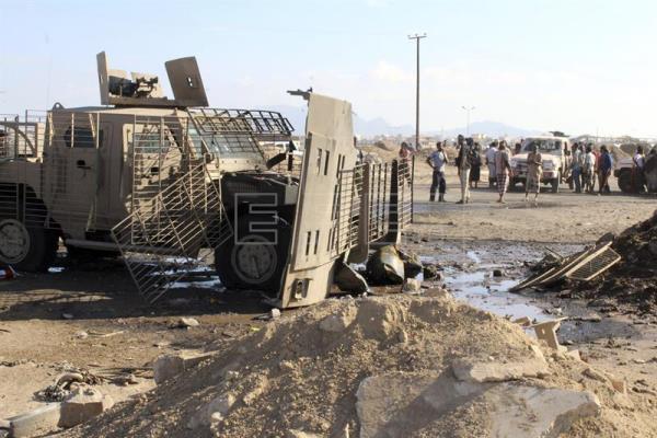 Cuatro muertos en un atentado suicida contra un puesto de control en Aden