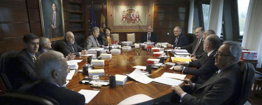 El TC amparará a PP, C's y PSC por trámite de moción secesionista del Parlament