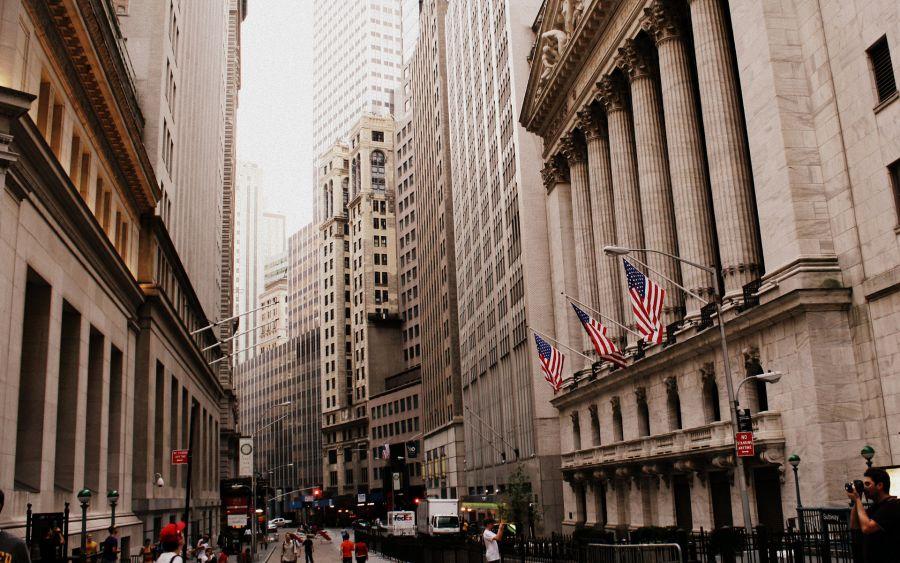 Wall Street abre con ganancias y el Dow Jones sube un 0,49 %
