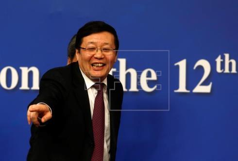 El ministro de Finanzas chino pide rebajar las expectativas ante la reforma fiscal