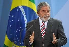 La Policía traslada a Lula a una comisaría para prestar declaración
