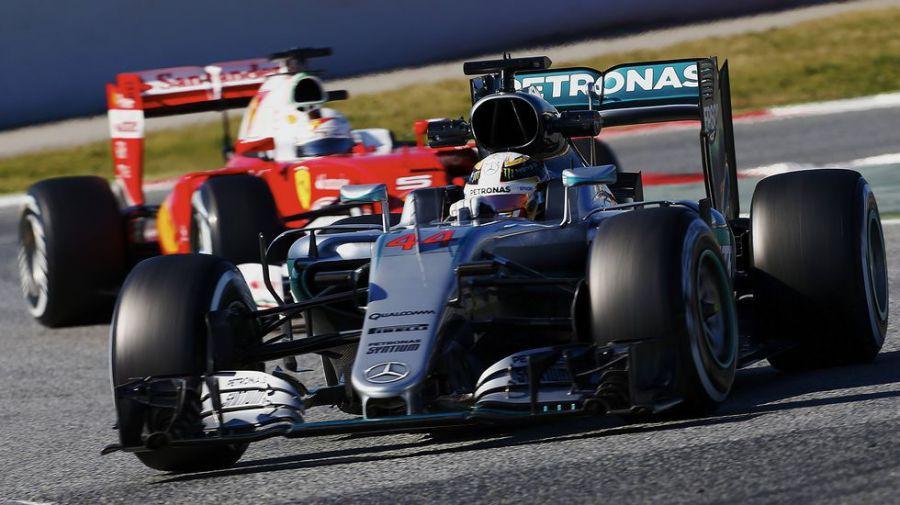 Los Mercedes siguen siendo los más rápidos en Montmeló