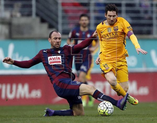 0-4. Messi guía una nueva goleada del Barcelona