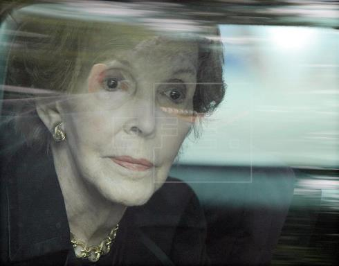 Muere Nancy Reagan, la eterna compañera de Ronald y figura fundamental de los 80