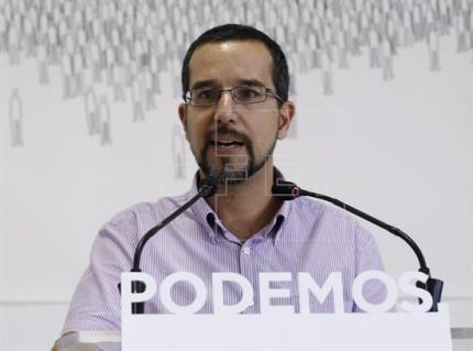 """Podemos espera que el PSOE se sume a """"mesa a cuatro"""" sin """"su hombre de negro"""""""