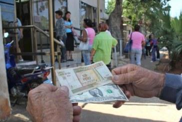 EE.UU. permitirá el uso del dólar a los cubanos por primera vez desde el embargo