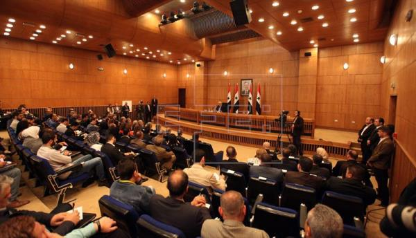"Damasco marca como ""línea roja"" para negociar la figura del presidente sirio"
