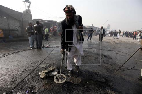 Al menos 8 muertos en un ataque suicida en un tribunal de Pakistán