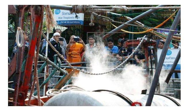 Se elevan a 60 los heridos por explosión en un barco taxi en Bangkok